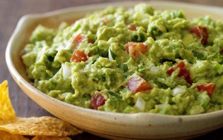 nutrition-festive-guacamole-feature