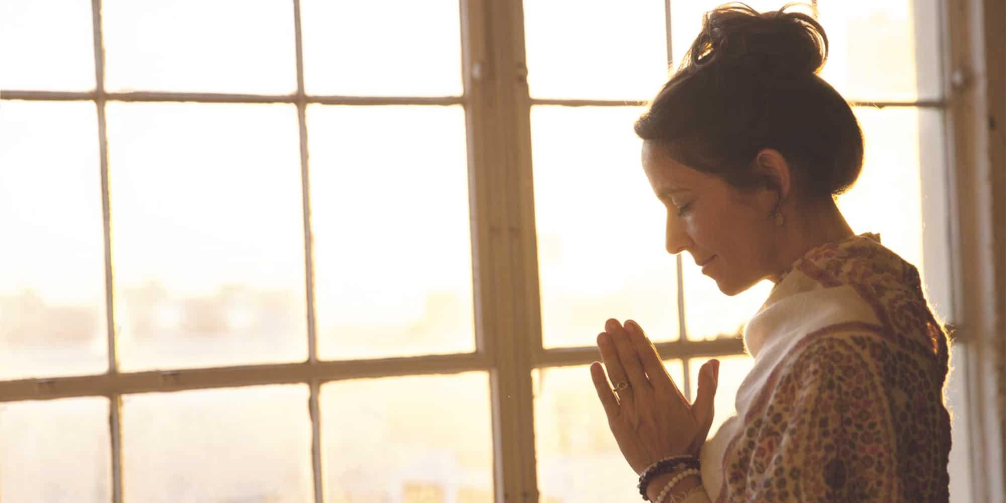 a413ceba4ea952 Live True to Your Being with Yogaglo teacher Kia Miller