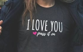business-spread love-ILOVEYOUPASSITON