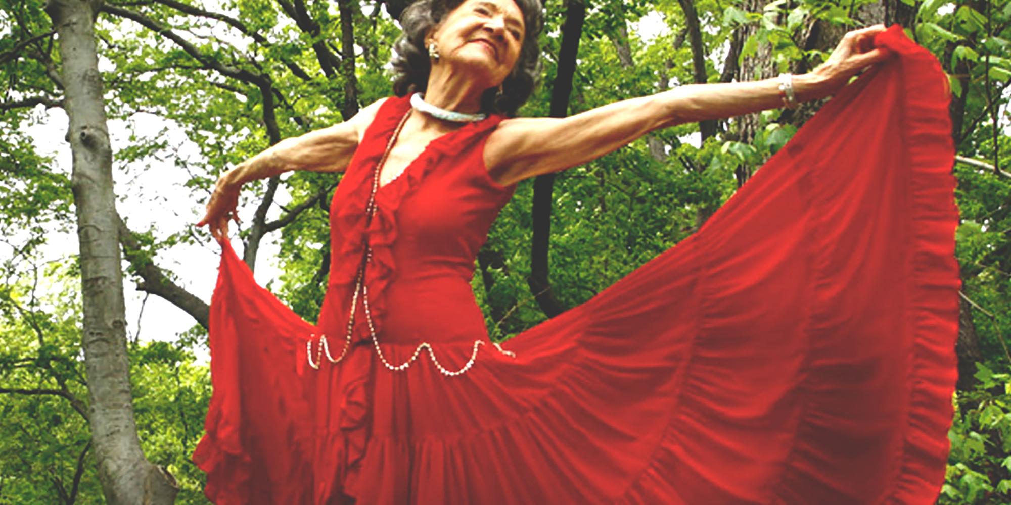 Yoga Teacher Tao Porchon Lynch Leading By Example Parvati Magazine